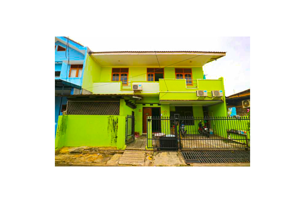 Kabin Kapsul Kayu Jati I Hostel Jakarta Indonesia Flyin Com
