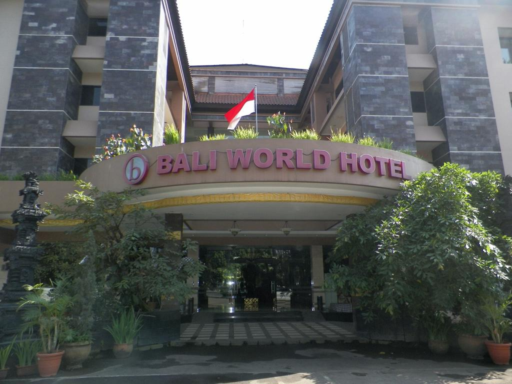 Bali World Hotel Bandung Indonesia Flyin Com